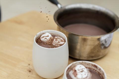 Shiraz hot chocolate, recipes by 6Ft6 wine
